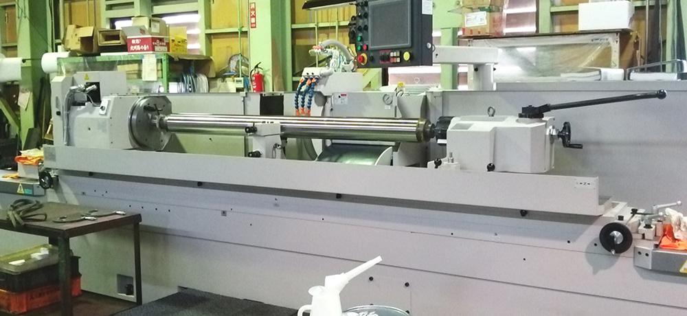 大型CNC汎用円筒研削盤 GE6P-250II